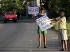 Equatorianos na zona do terremoto enfrentam falta de comida e água