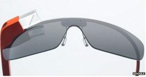 Google Glass, os óculos do futuro do Google (Foto: BBC)