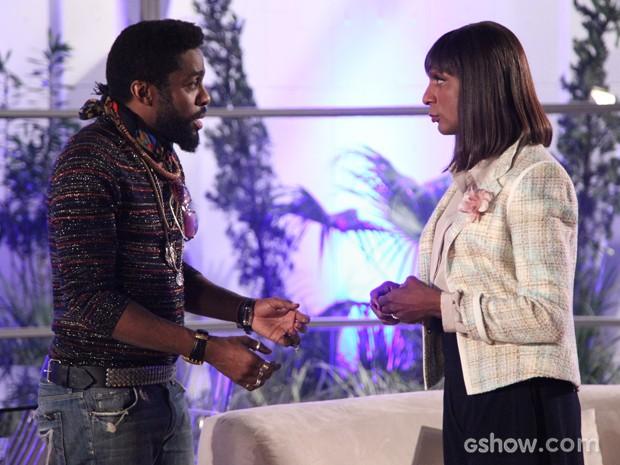 Brian está determinado a lutar pelo amor de Evangelina (Foto: Carol Caminha/TV Globo)