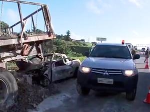Acidente na BR-324 causa longo congestionamento (Foto: Reprodução/TV Bahia)