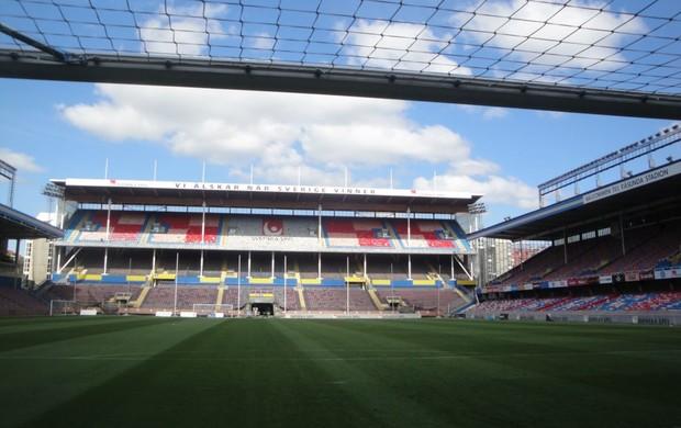 Gramado do Estádio Rasunda - visão de dentro do gol onde Pelé marcou golaço na final em 1958 (Foto: Rafael Maranhão/GLOBOESPORTE.COM)