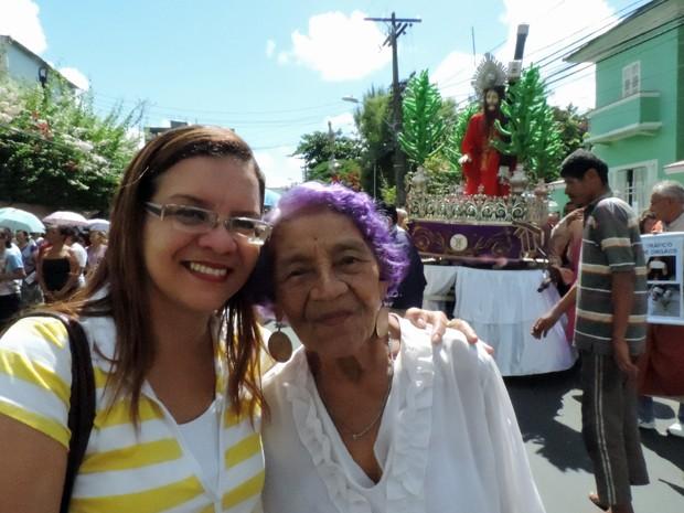 Liana e Linalva Mourão na Via Sacra no Centro do Recife (Foto: Luna Markman/G1)