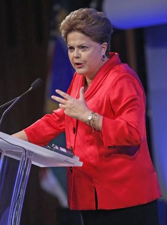 A presidente Dilma Rousseff fala a investidores durante seminário empresarial em Nova York (Foto: Reuters)