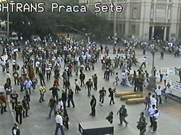 Integrantes da Polícia Civil fazem protesto em Belo Horizonte (Foto: Reprodução/BHTrans)
