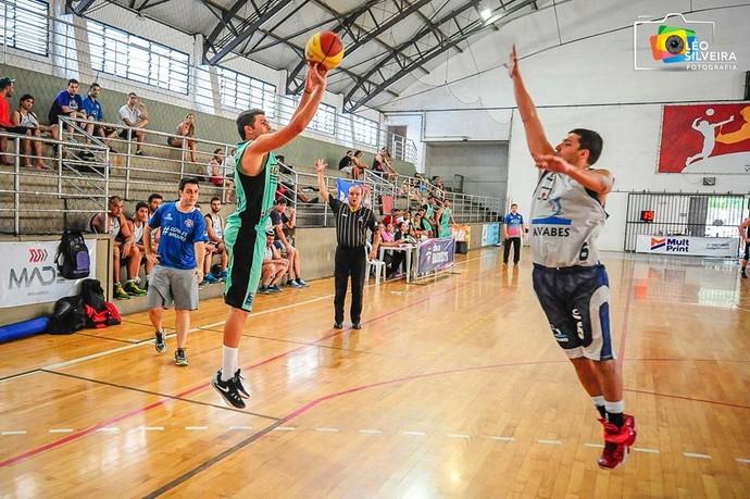Copa Espírito Santo de basquete 2015: Baixo Guandu x Avab-ES (Foto: Léo Silveira)