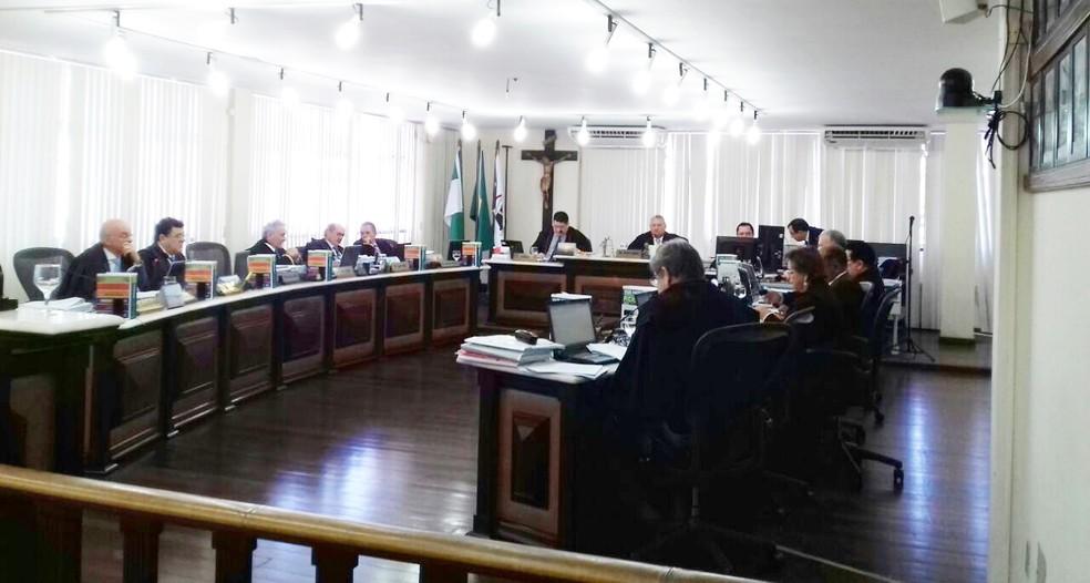 Pleno do Tribunal de Justiça do RN se reuniu na manhã desta quarta-feira (12)  (Foto: Ediana Miralha/Inter TV Cabugi)