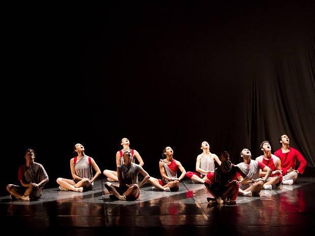 Companhia Moderno de Dança completou em 2012 uma década de trabalho dedicado à expressão do corpo e do movimento. (Foto: Divulgação)