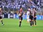 Lugano diz que sua expulsão foi justa e reconhece superioridade do Santos