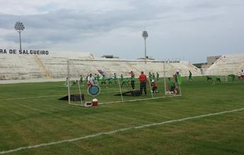 Curtinhas: Sem folga, folia do time do Salgueiro é no treino e concentrado