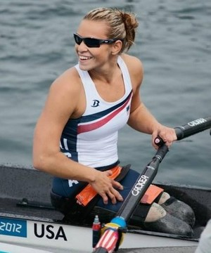 Oksana Masters foi bronze no remo na Paralimpíada de Londres 2012 (Foto: Reprodução/Facebook)