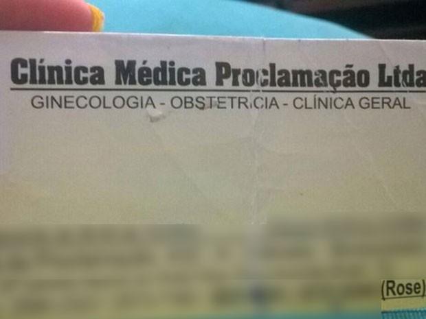 Cartão com nome de clínica continha endereço de local desativado há 2 anos (Foto: Arquivo Pessoal)