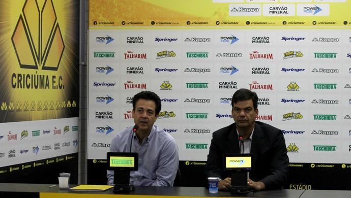 Moacir Júnior e Marcos Moura Teixiera Criciúma (Foto: Fernando Ribeiro/Criciúma EC)