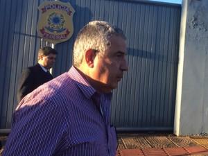João Amorim ao sair da Polícia Federal  (Foto: Maria Caroline Palieraqui/G1 MS)