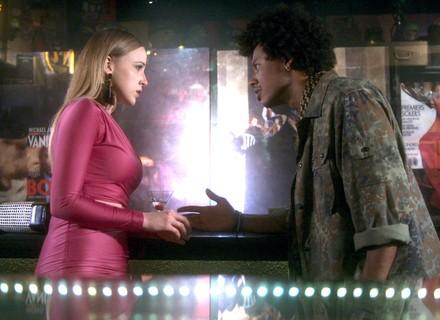 Jéssica avisa a Zelito sobre Tião: 'Foi ele quem deu fim na Isabela!'