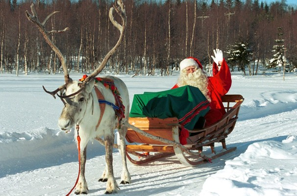 Arvore de Natal Solidária - Finlândia (Foto: Reprodução / Youtube)