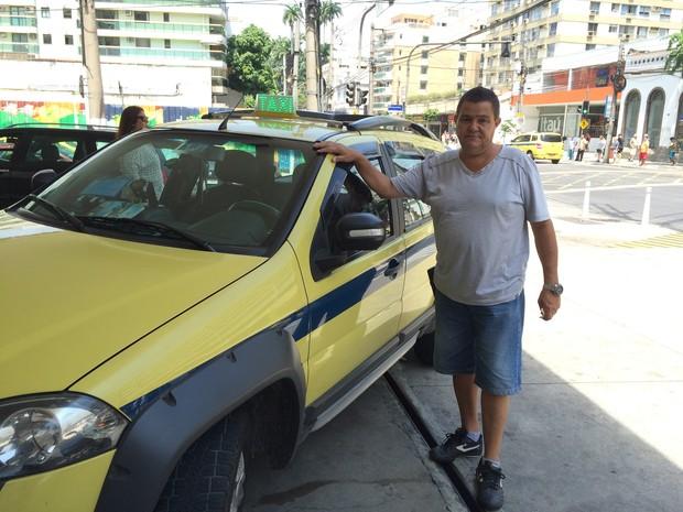 Taxista diz que trânsito na cidade melhorou após racionalização (Foto: Matheus Rodrigues/ G1)
