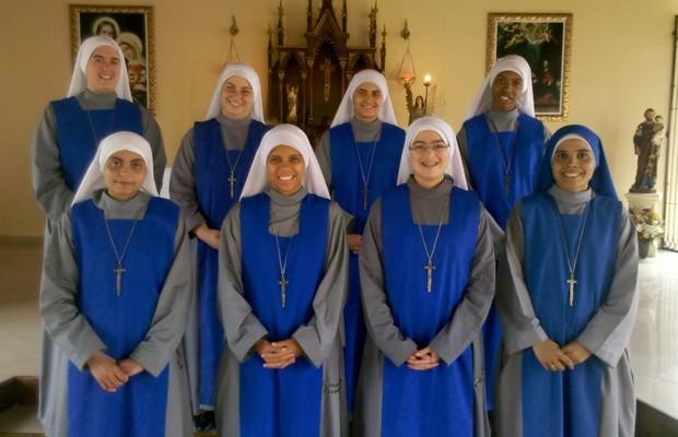 No Convento das Servidoras do Senhor e da Virgem de Matará Nazereno, as noviças estudam para se tornar monjas e freiras missionárias (Foto: Arquivo pessoal)