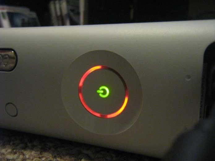 As três luzes vermelhas da morte no Xbox 360 (Foto: Reprodução/Neogaf)