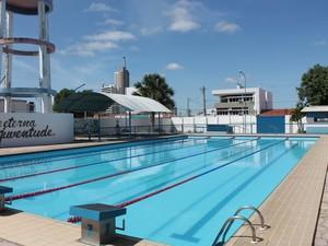 Chaves que sumiram do colégio são da área da piscina (Foto: Taisa Alencar / G1)
