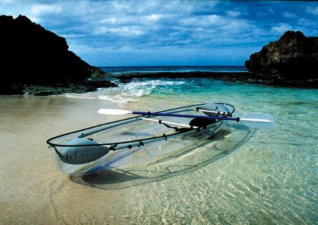 O Molokini, caiaque transparente (Foto: Clear Blue Hawaii/Divulgação)