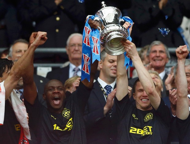 campeão taça manchester city x wigan (Foto: Reuters)
