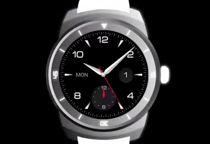 Relógio da LG aparece em vídeo (Foto: Reprodução/YouTube)