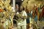 Escola fecha 1º dia de desfiles cantando Moçambique (Caio Kenji/G1)