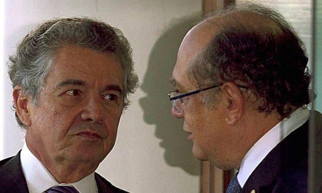Os ministros, Marco Aurélio Mello e Gilmar Mendes, 19/08/2015 (Foto: William / Agência O Globo)