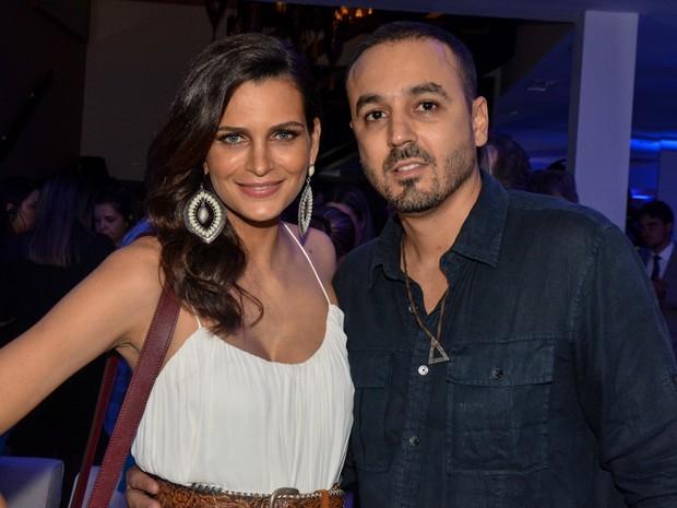 Fernanda Motta e marido, Roger Rodrigues, em evento em São Paulo (Foto: Caio Duran/ Ag. News)
