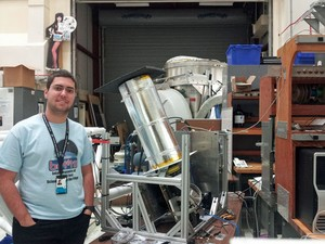 Pedro Doria Nehme, brasileiro que ganhou uma viagem ao espaço na promoção da KLM, no Goddar Center, da NASA (Foto: Arquivo pessoal)