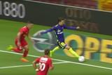 BLOG:  A bola saiu, professor! Árbitro valida gol após lance bizarro na Dinamarca