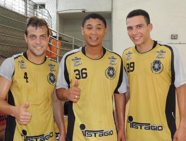 Nicolas, Raphael Dias e Raphael Souza (Foto: Divulgação/Rio Branco Futsal)