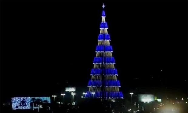 Árvore de Natal, de Natal, fica em Mirassol (Foto: Reprodução/Inter TV Cabugi)
