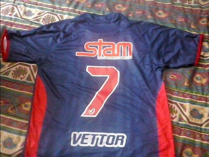 nova camisa do Friburguense (Foto: Vinicius Gastin)