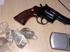 Suspeito de tráfico de drogas é preso no bairro Pescaria, em Maceió
