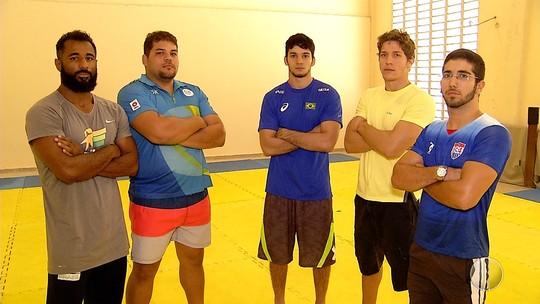 Atletas de luta olímpica do RN sofrem ameaças do presidente da federação
