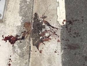 Marcas da violência no entorno do Estádio Nilton Santos (Foto: Caio Filho)