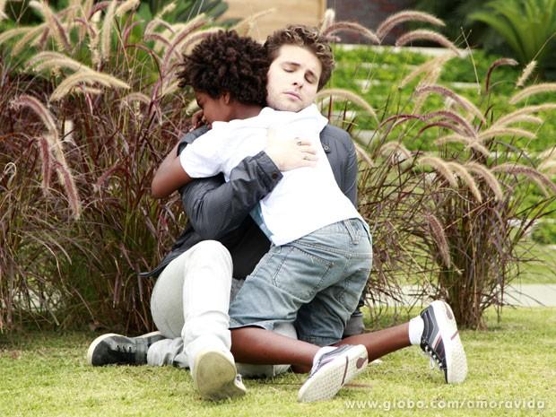 Niko fica arrasado por ainda mais um motivo (Foto: Ellen Soares/TV Globo)