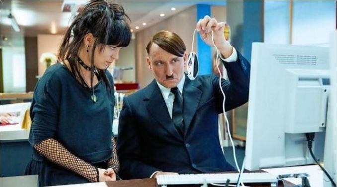 Ele Está de Volta: filme mostra as consequências do retorno de Hitler à Alemanha em 2014 (Foto: Divulgação )