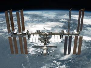 A Estação Espacial Interncional (ISS) em foto de maio de 2011 (Foto: Nasa)