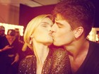 Yasmin Brunet posta foto beijando o marido: 'Love'