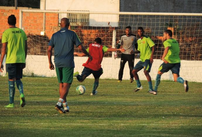 Equipe do Sampaio durante primeiro treinamento sob comando de Flávio Araújo (Foto: Sampaio/ Elias Auê)