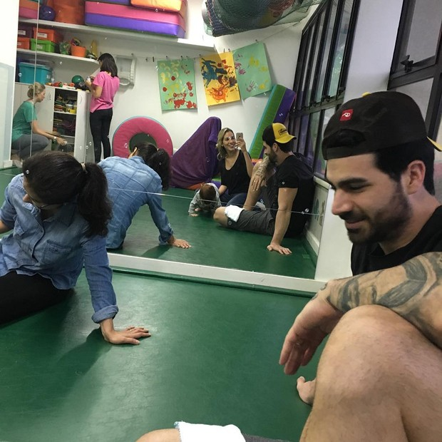 Adriana e Rodrigão com o filho (Foto: Reprodução/Instagram)
