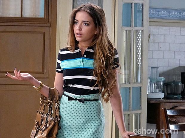 Como toda a boa amiga, Flaviana proibe Sofia de agir sem pensar (Foto: Malhação / TV Globo)