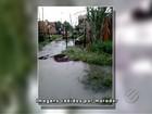 Sem saneamento, passagem alaga e moradores abandonam casas