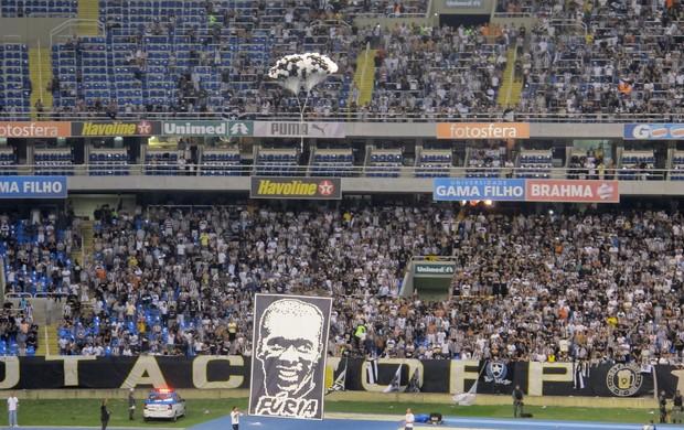 Seedorf balão Engenhão Botafogo (Foto: Thales Soares / Globoesporte.com)