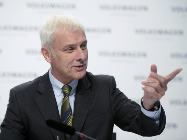 CEO Matthias Müller vai se concentrar em estratégias para contornar a crise (Foto: REUTERS/Nigel Treblin )