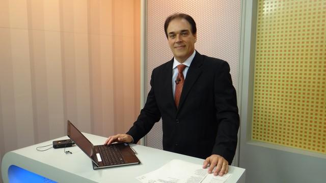 Tony Lamers, apresentador do Jornal da Tribuna 1ª edição (Foto: TV Tribuna)