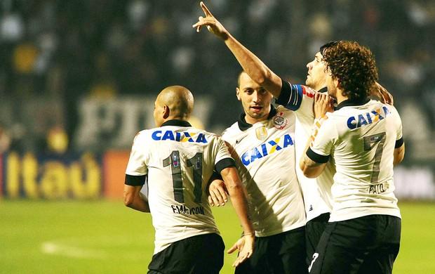 Paulo Andre Corinthians e Grêmio (Foto: Marcos Ribolli)
