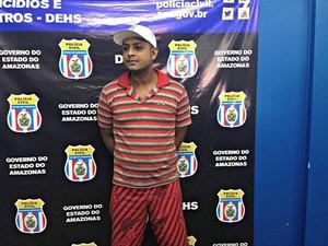 Homem confessou crime; segundo delegado, ele também responde por roubo majorado (Foto: Indiara Bessa/G1 AM)